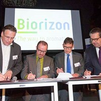 Biorizon_signing_the_agreement_30112017_400.jpg