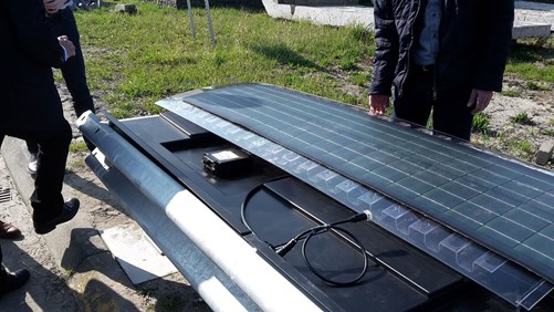 A double crash barrier is being prepared for the attachment of solar cells.