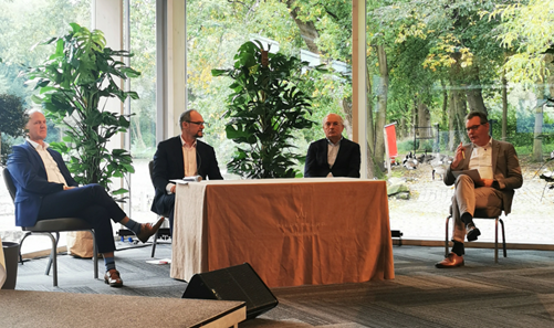 Four representatives of the Dutch national committee for Electrochemical Conversion and Materials (ECCM) and her German counterpart discuss ideas for a bilateral agenda on hydrogen and green electrons.