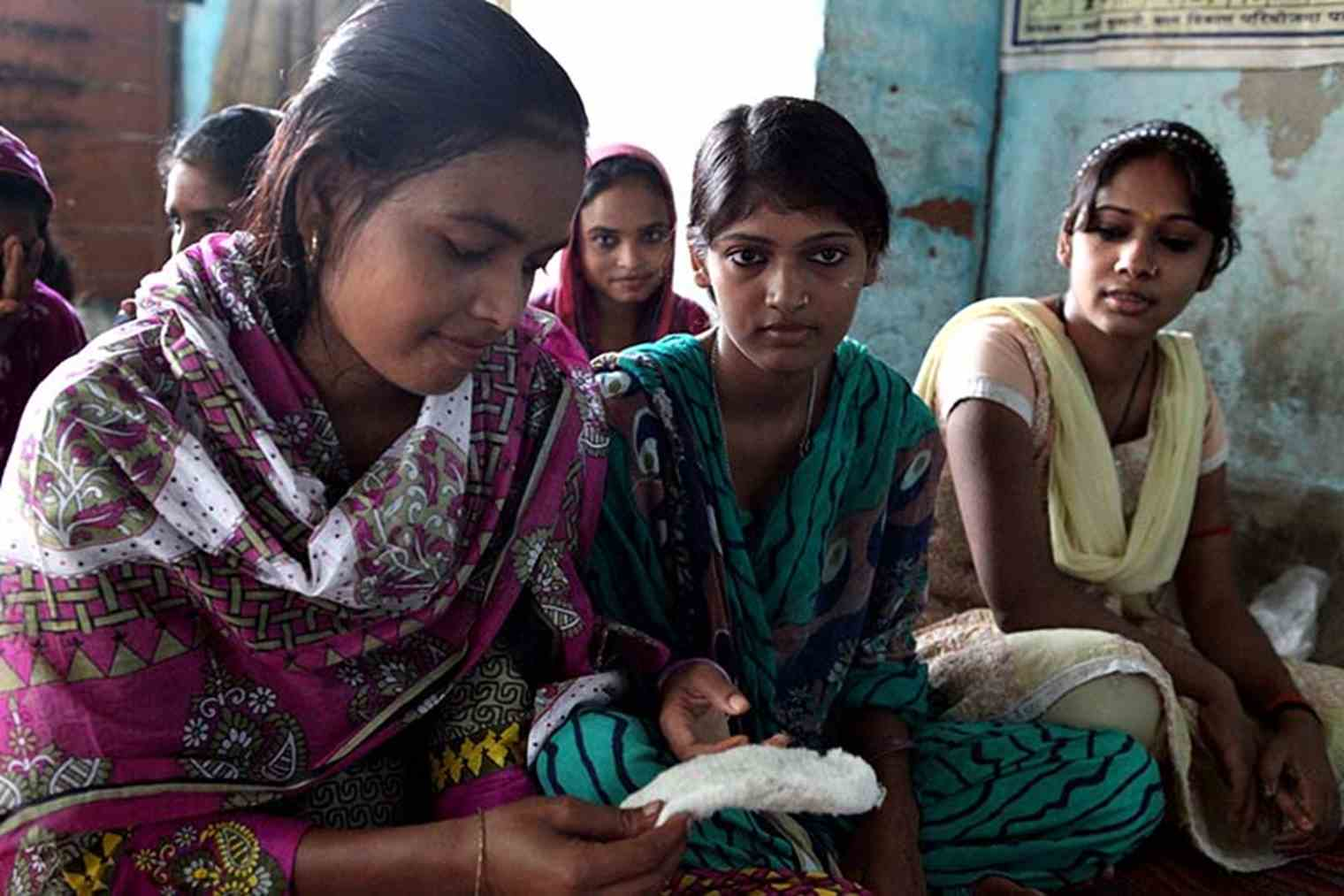 Low cost, full biodegradable sanitary pads for Bangladesh | TNO